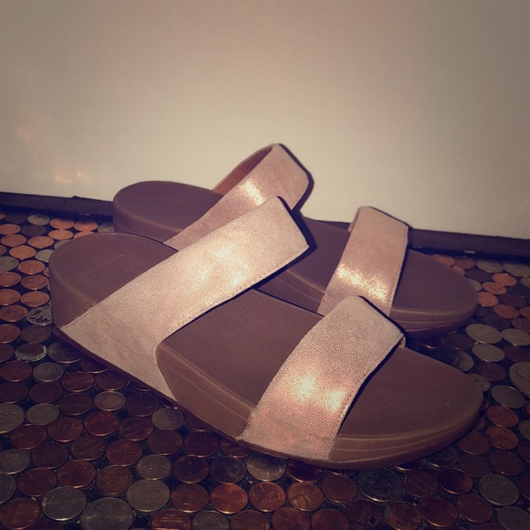 a5d85c0ea50f6 Fitflop Shoes - Fitflop Shimmy Rose Gold Suede Slide Sandals 9